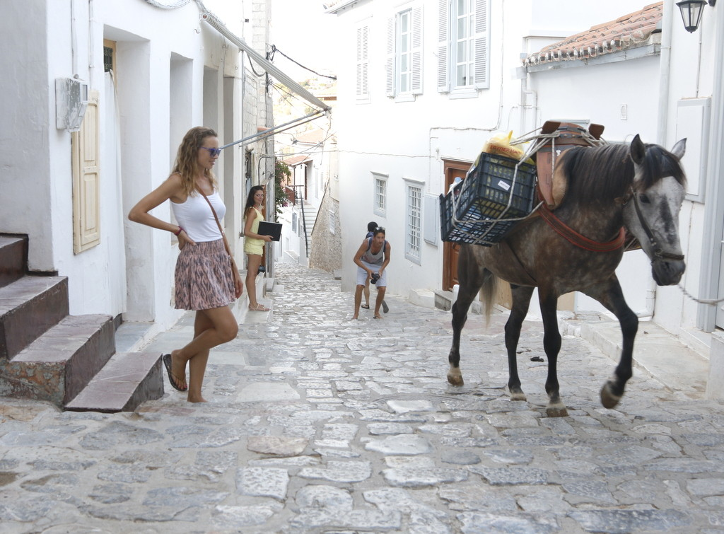 Hydra has no cars, only donkeys