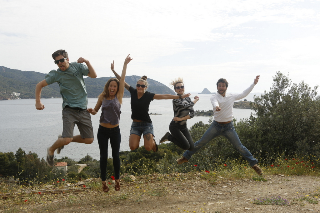 Live-Bio signature jumping photo!