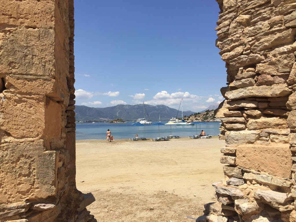 Best beaches on Poros and vicinity - Russian bay