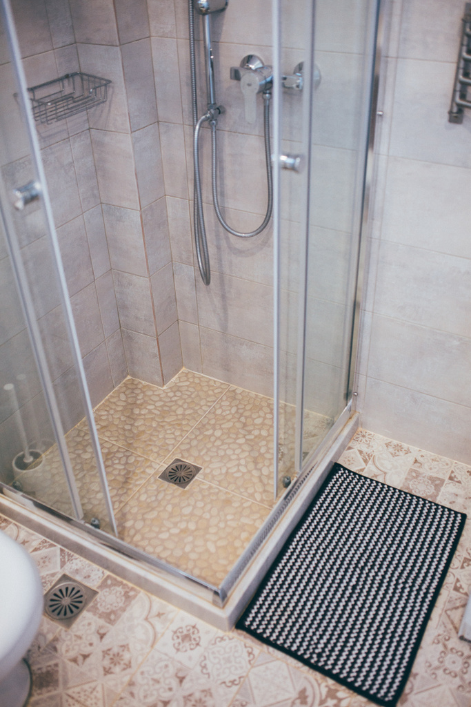 Shower in bathroom option 1