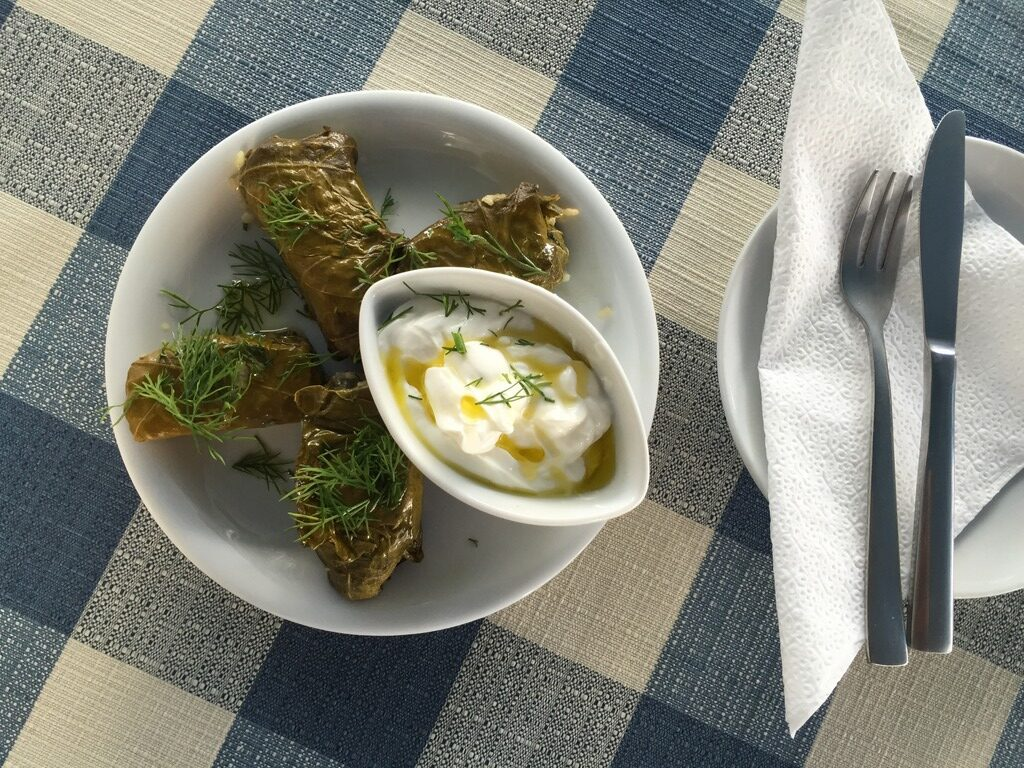 Top 15 dishes to try in Greece: Dolmadakia (stuffed vine leaves)